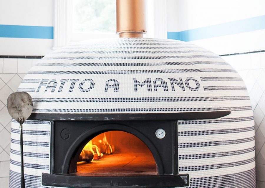 fatto a mano wood wired pizza oven